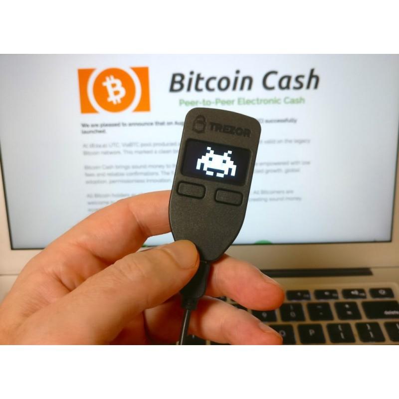 """Veikia """"BitCoin"""" piniginė USB jungtyje"""